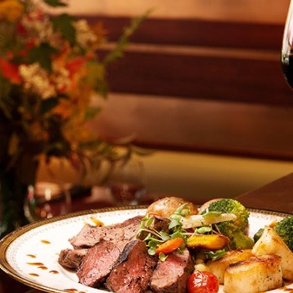 An Intimate Celebration of Fine BC Wines & Cuisine at Legs Diamond