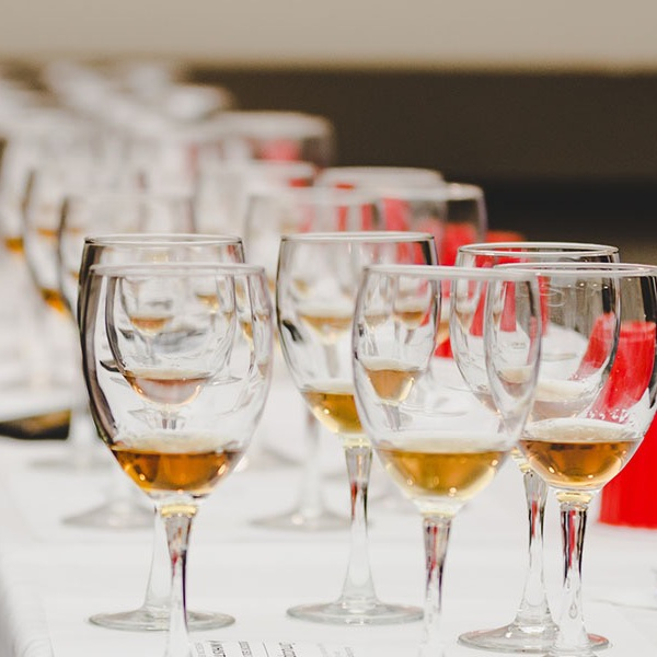 Drink Seminar: Single Malt Mashup: Battle of the Whisky Pros