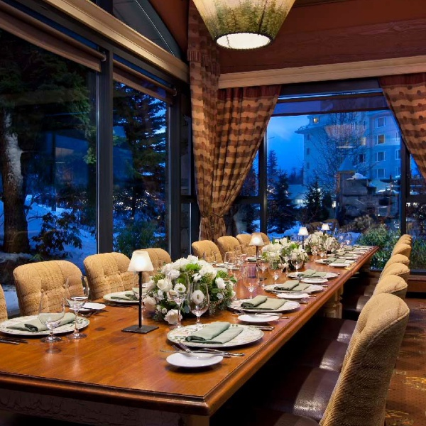 Dinner: Fairmont Chateau Whistler – Little Engine